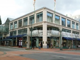 Pioneer Place for Shopping in Portland