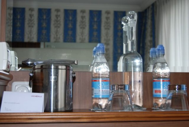 River Royale - Bottled and Filtered Water Options
