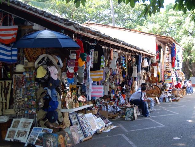 Mercado de Isla Cuala in Puerto Vallarta