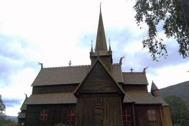 Lomskyrkja - Lom Stave Church
