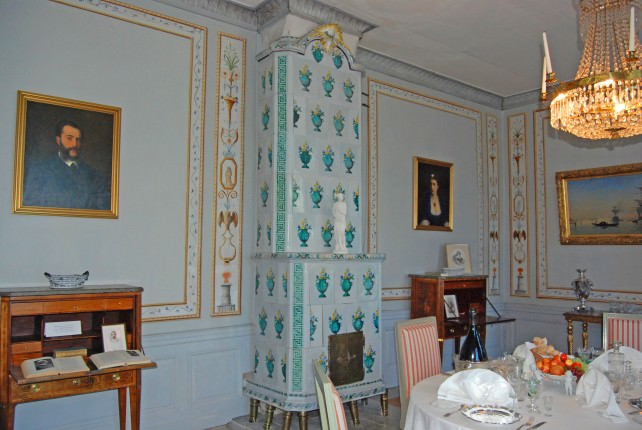 Mustio Manor Interior