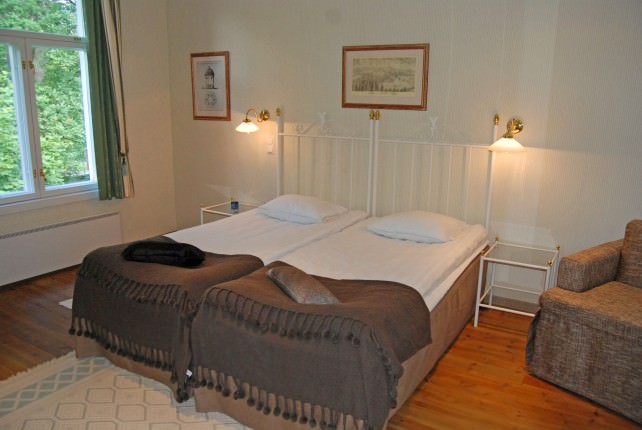 Shingle House Guestroom