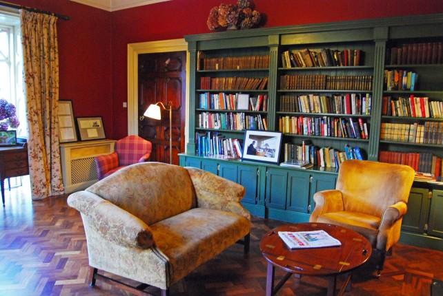 Ballynahinch Castle Library