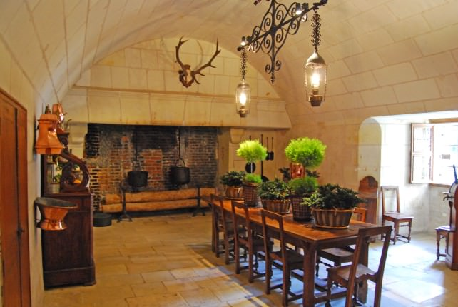 Twitter #FriFotos - Chateau Chenonceau Kitchen Chairs