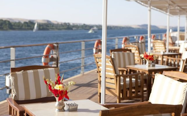 """Uniworld's River Tosca Honored """"Best Cruise Ship"""" By Egypt's Ministry of Tourism"""