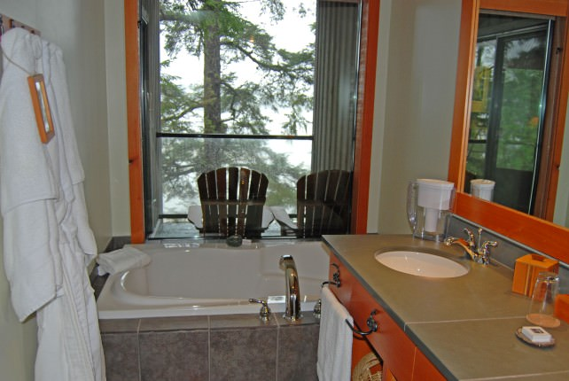 Wickaninnish Inn Beach Building- Guestroom Bathroom with a View
