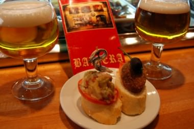 Beer and Tapas at Cerveceria Naviera in Barcelona