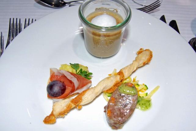 Vienna's Gourmet Sonada Appetizer