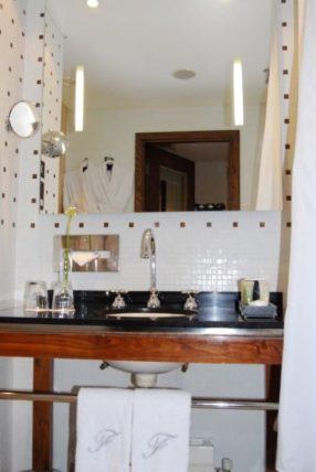Fitzwilliam Hotel Dublin - Bathroom