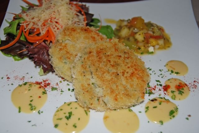 Harborside Bistro at Hotel Bellwether - Bistro Crab Cakes