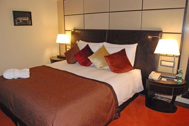 WJ Tested: Radisson Blu 5-Star Hotel in Bucharest, Romania