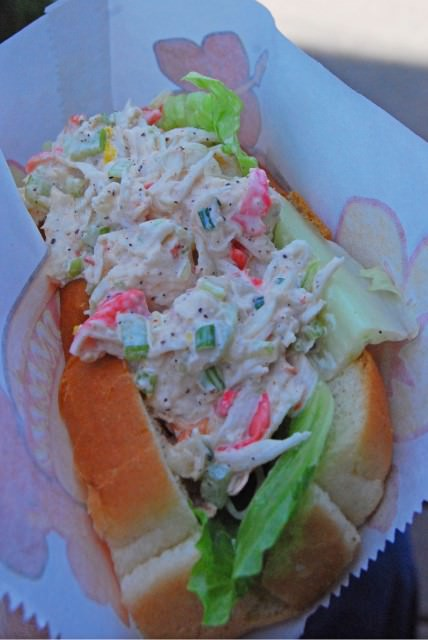 Lobster Roll at Poissonnerie Shamrock