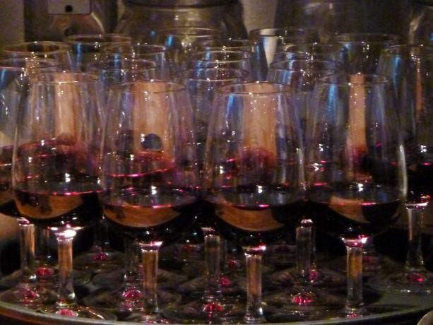 Edible CANADA Market Red Wine