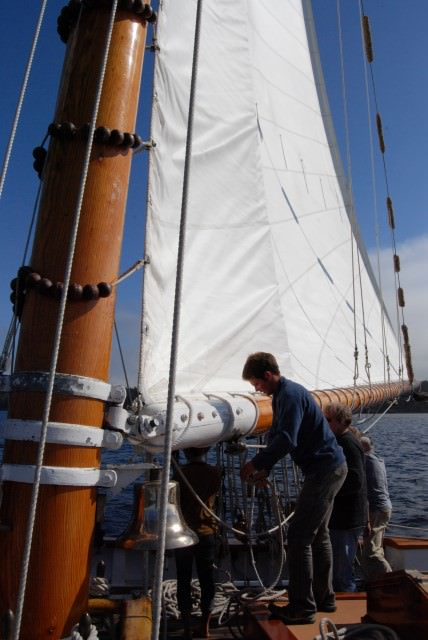 Sailing the San Juan Islands on Schooner Zodiac