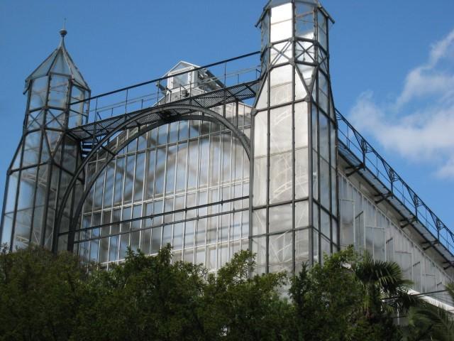 The Berlin Botanical Garden Grand Pavillion. Photo by Lucy Komisar.