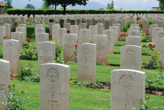 Travel Italy: Cassino War Cemetery