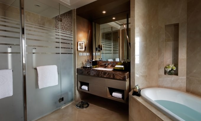 Sofitel Bangkok Sukhumvit Luxury Room - Bathroom