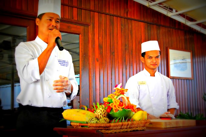 Executive Chef Gives a Tropical Fruit Demonstration