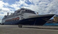 Day 40: Reunion Island with Holland America