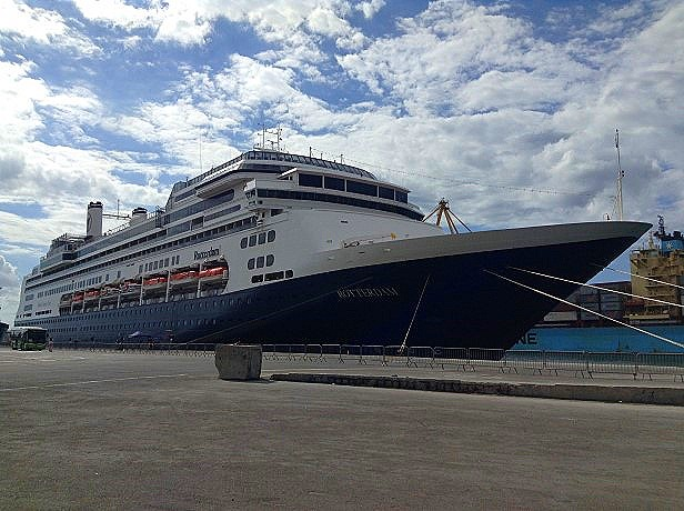 Holland America Line ms Rotterdam in Le Port Reunion