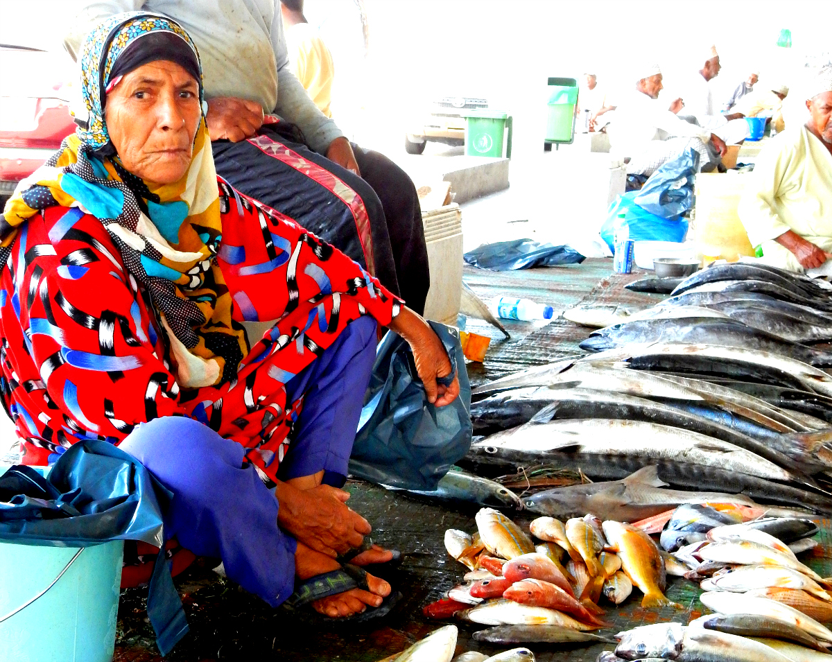 Woman at Fish Market in Muscat, Oman | WAVEJourney