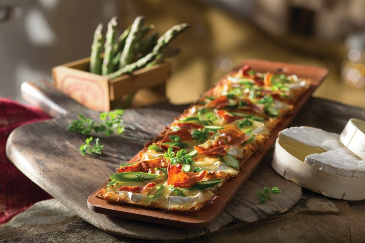 Seasons 52 Offers a Selection of Signature Flatbreads