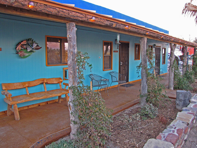 Riverbend Hot Springs Resort
