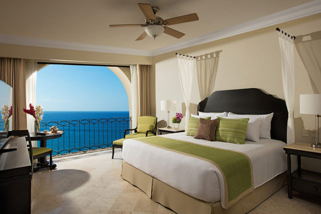 Dreams Los Cabos Honeymoon Suite