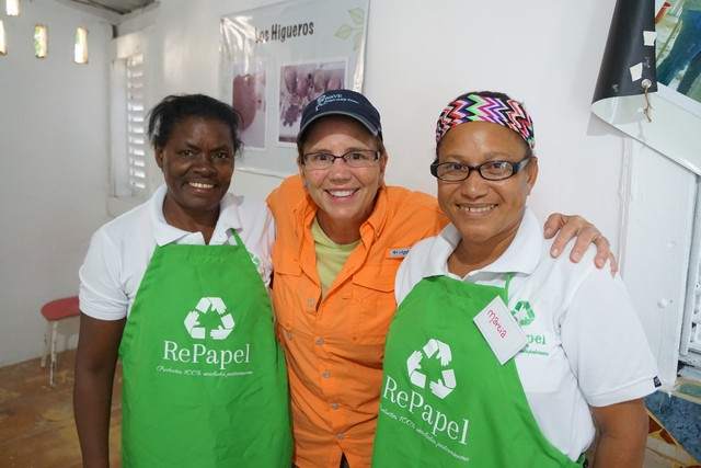 Jill with women at RePapel in the Dominican Republic - Fathom social impact recycled paper activity.
