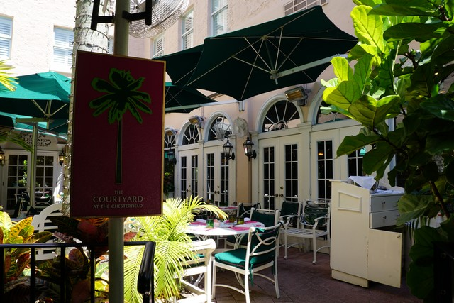 Dine Al Fresco at The Courtyard at Chesterfield Palm Beach