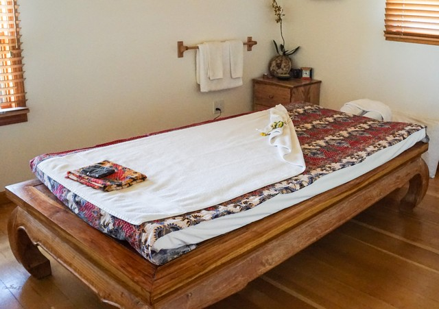 Best Spa Experience - Echo Valley Ranch Cariboo Spa - Thai Massage Table