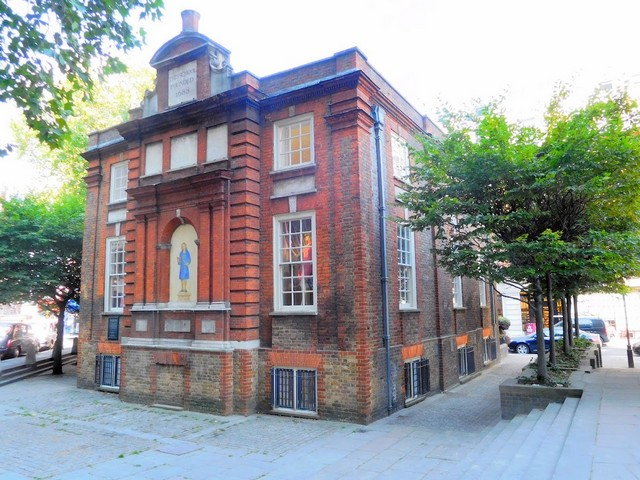 Blewcoat School