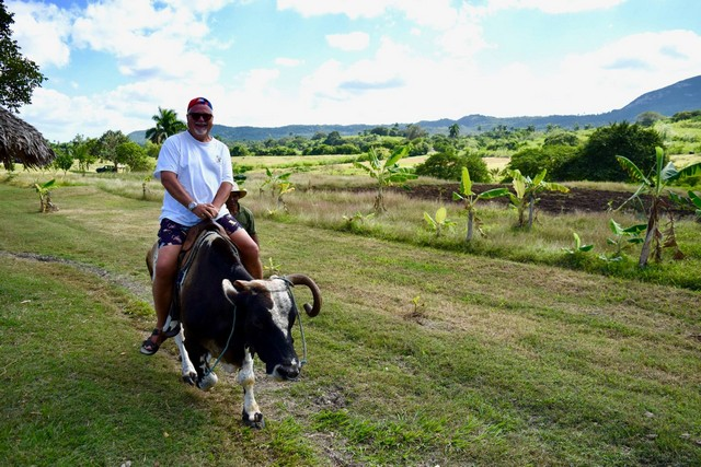 Mike Ashcroft in Cuba