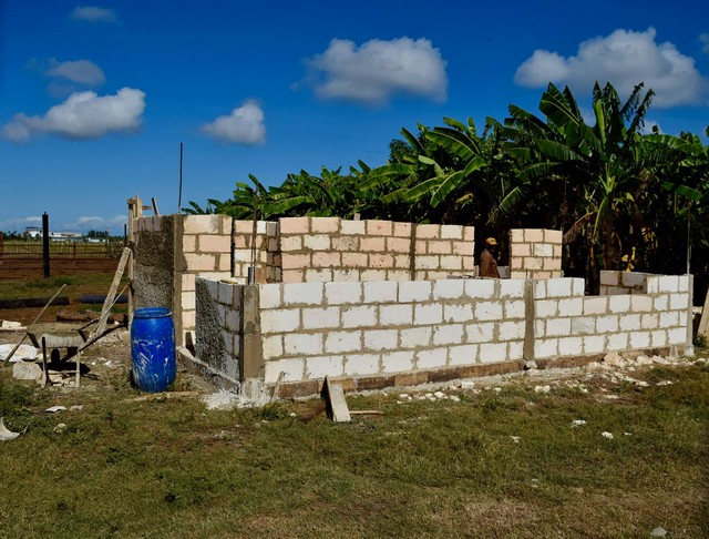 Wonder what the building codes are in Cuba?