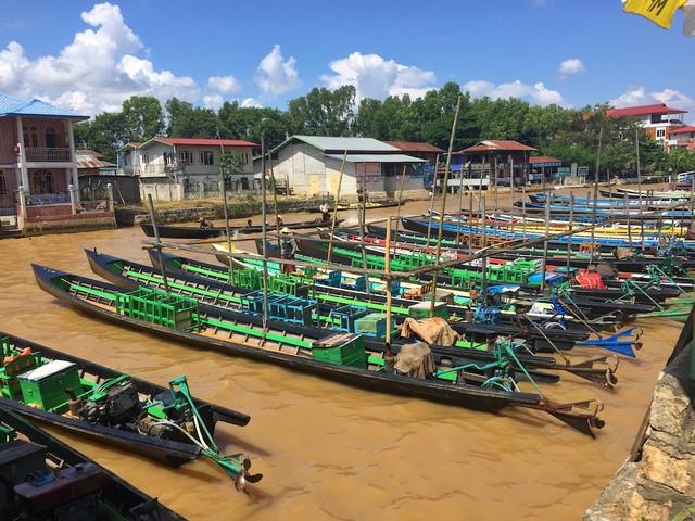 Inle Lake Longboats