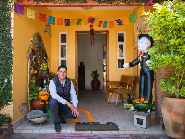 Chef Gerardo Aldeco Pinelo at La Cocina Oaxaqeña.