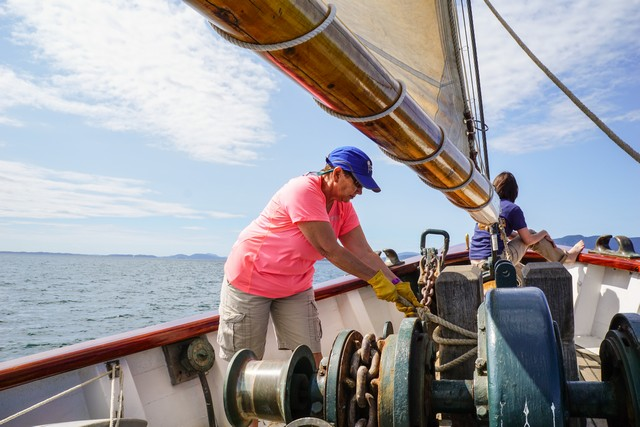 Jill works a sailing station on Schooner Zodiac.
