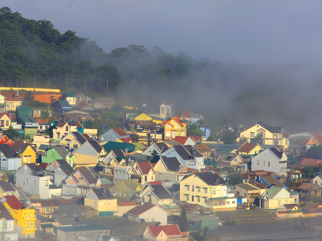 Travel Vietnam - Why Dalat City is Known as Little Paris - Dalat City in fog.