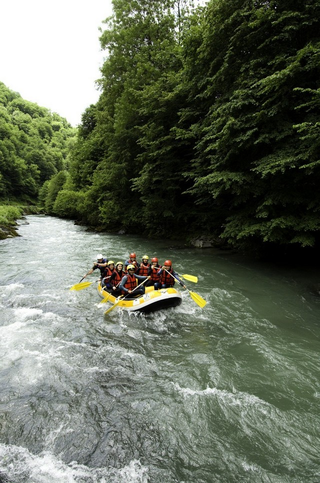 Rafting in the Ariege Pyrenees