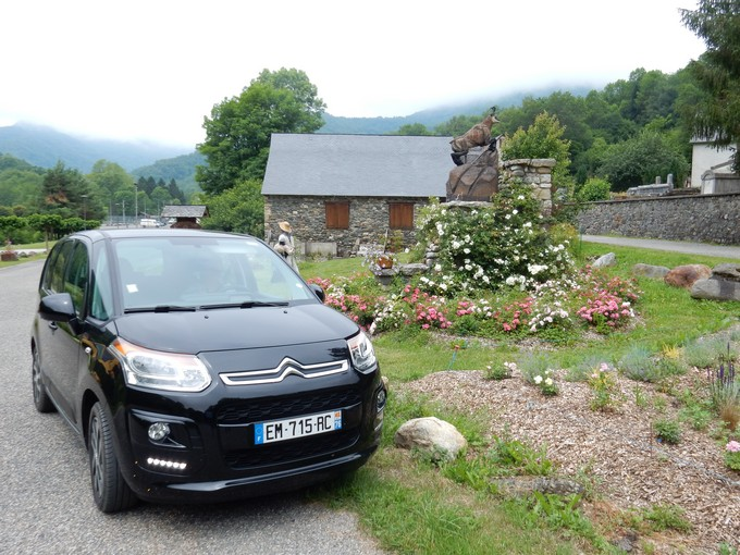 Exploring France with a car rental through Auto Europe