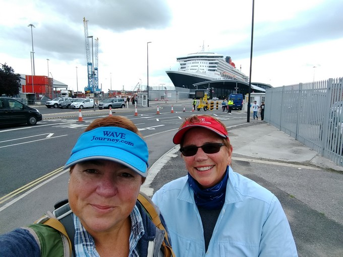 Viv and Jill about to board Cunard Queen Mary 2 in Southampton