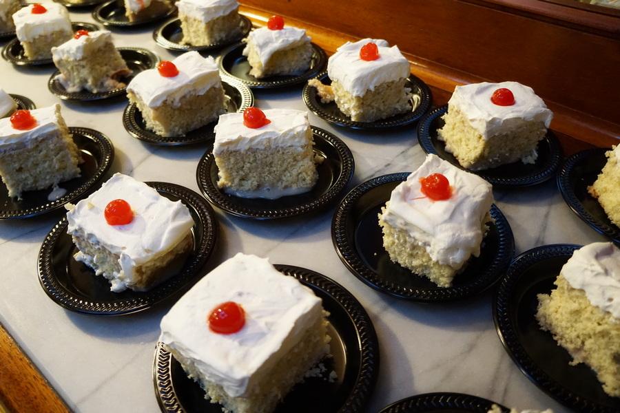 Tres leche horchata cake