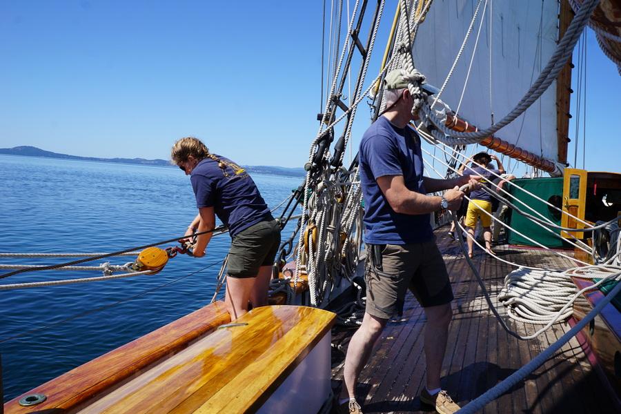 Preparing Schooner Zodiac to sail